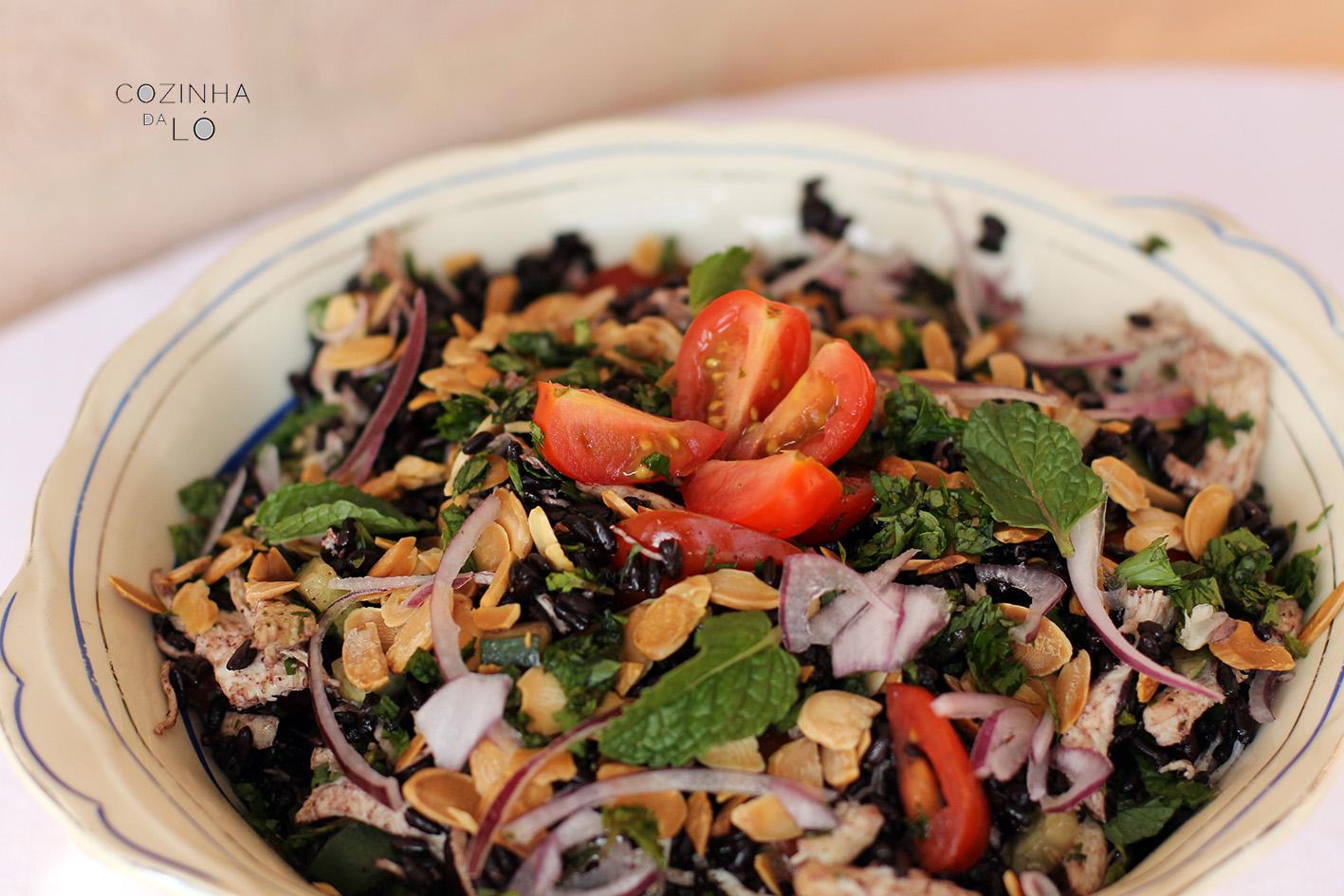 salada arroz selvagem